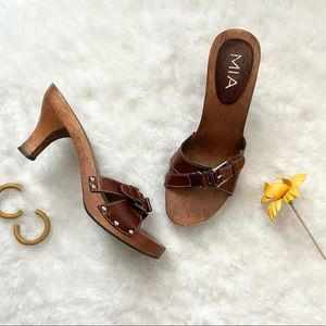 MIA Vintage Wood And Leather Sandals